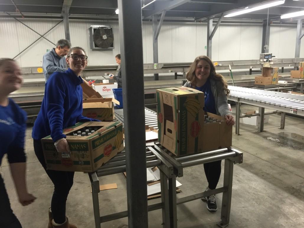 volunteer day, volunteer work, commercehub
