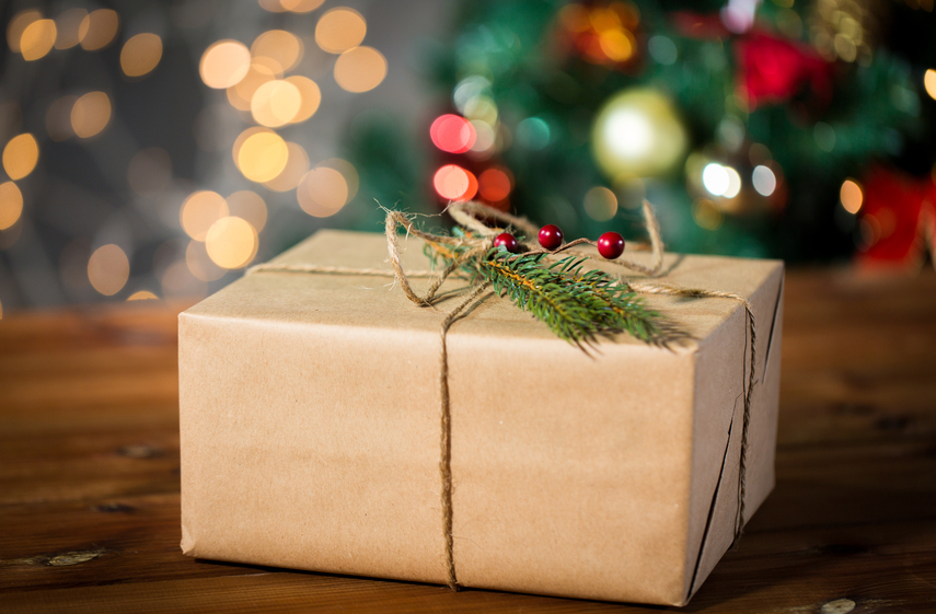 e-commerce deliveries, holiday shopping